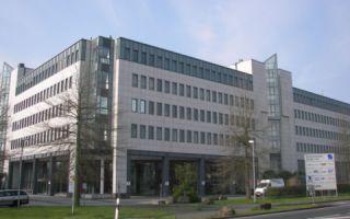 Kaiserswerther Str. 115, 1. Etage, D-40880